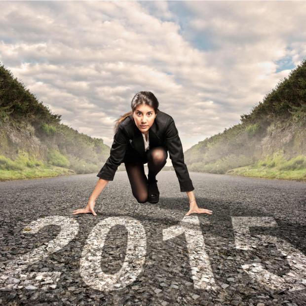 Mujer intentando cumplir metas del 2015