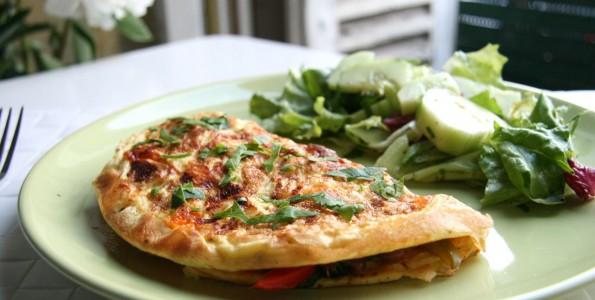 Tortillas de verduras en plato
