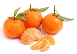Mandarinas peladas y sin pelar