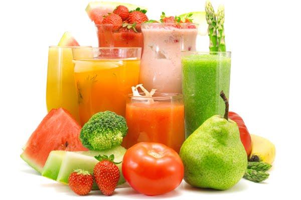 Smothiies de verano con sus ingredientes